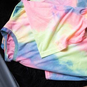 Tie-dye tee-shirt